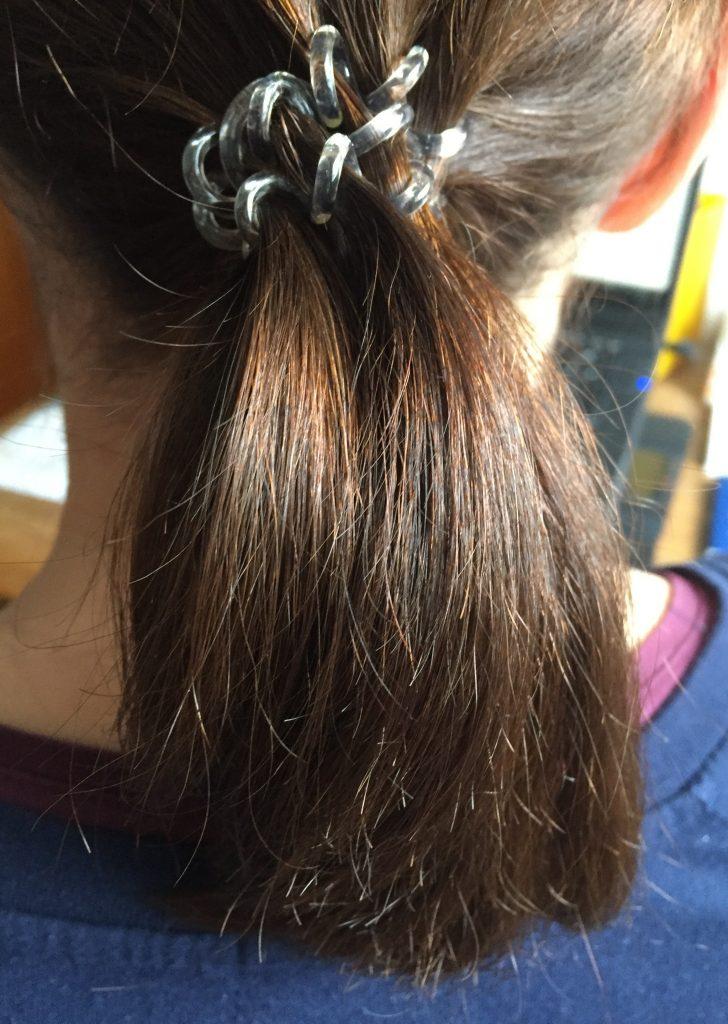 Haare nach dem Glätten mit der Kealive Glättbürste