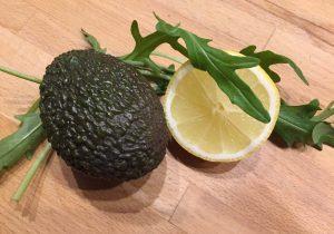 Avocado, Zitrone, Rucola