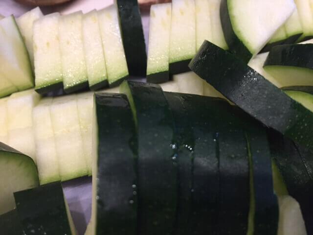 Zucchini geschnitten (1)