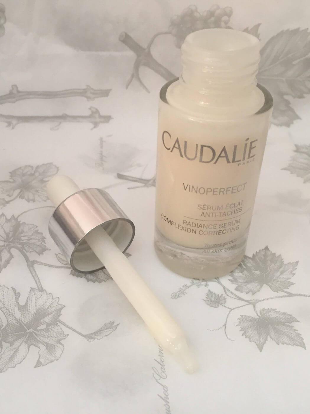 Caudalie Vinoperfect Serum Pipette