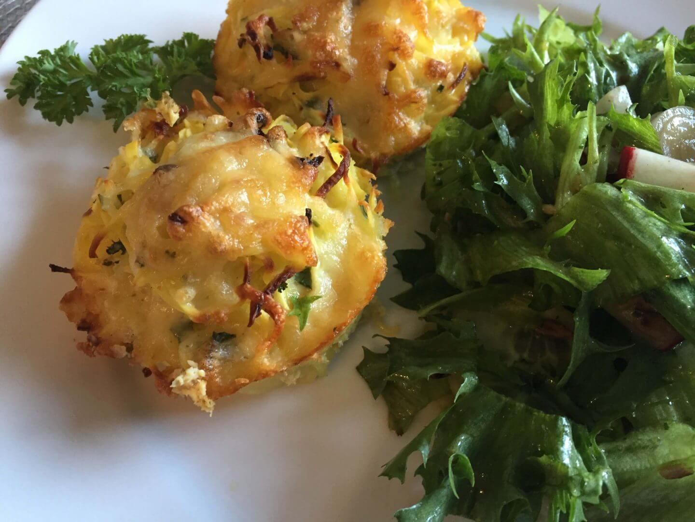 Kartoffel-Kohlrabi-Rösti mit Salat