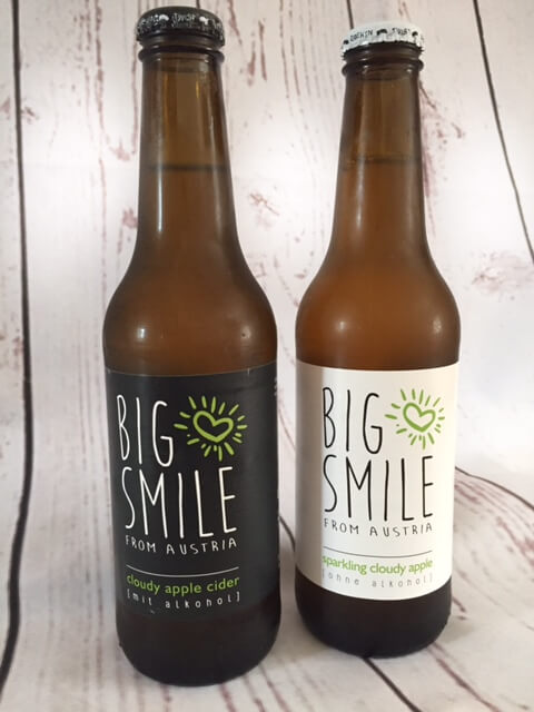 Big smile from Austria apple cider und sparkling cloudy apple