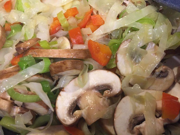 Gemüsemischung im Wok