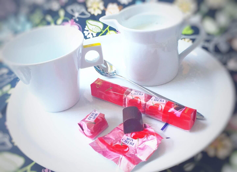 Mon Chéri mit Milch