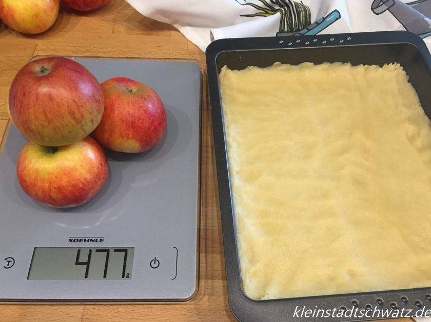 Soehnle Page Aqua Proof Apfelkuchen in Vorbereitung
