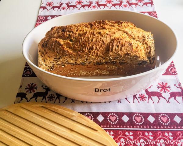Continenta Brottopf mit Brot
