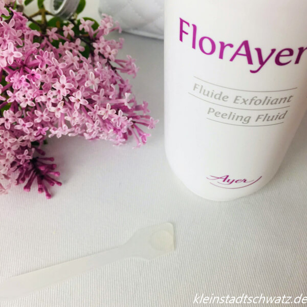 FlorAyer Peeling Fluid auf Spatel